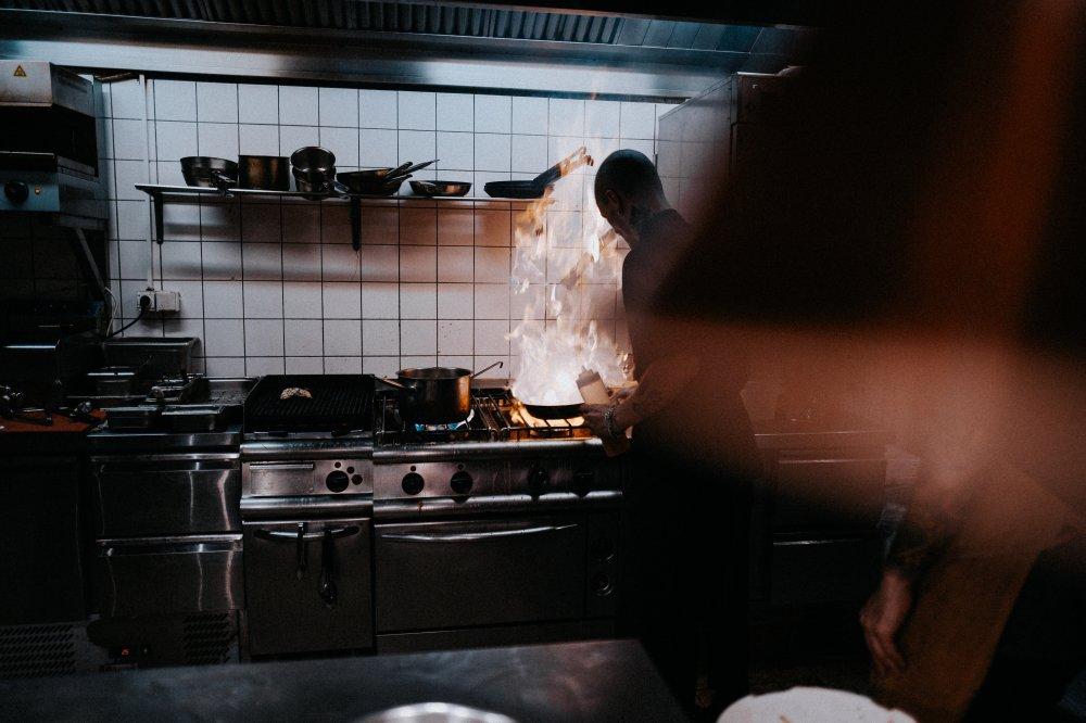 Red dit storkøkken med de helt rigtige reservedele